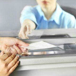 Jaką metodę płatności wybrać na urlopie?
